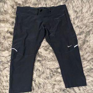 Nike Dri Fit Capri Tights Leggings Size L